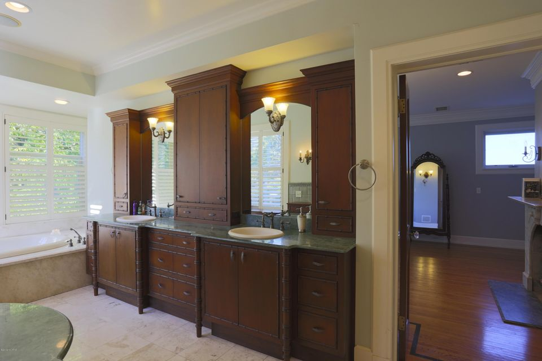 Bathroom Cabinets Grand Rapids Mi 350 plymouth road se, east grand rapids, mi, 49506, mls # 16049266