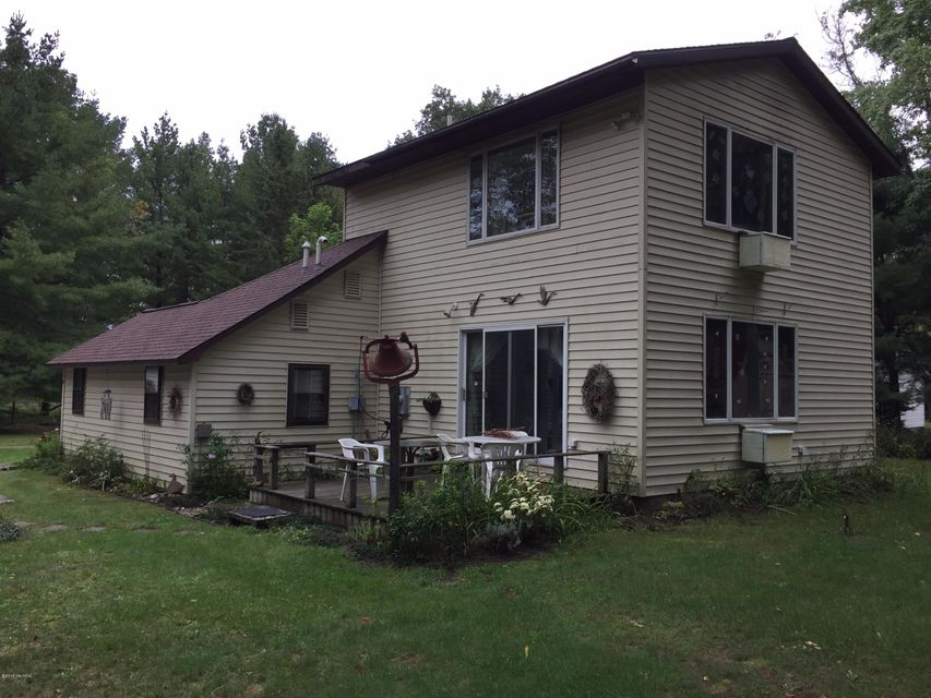 Single Family Home for Sale at 10238 5 1/2 Wellston, Michigan 49689 United States