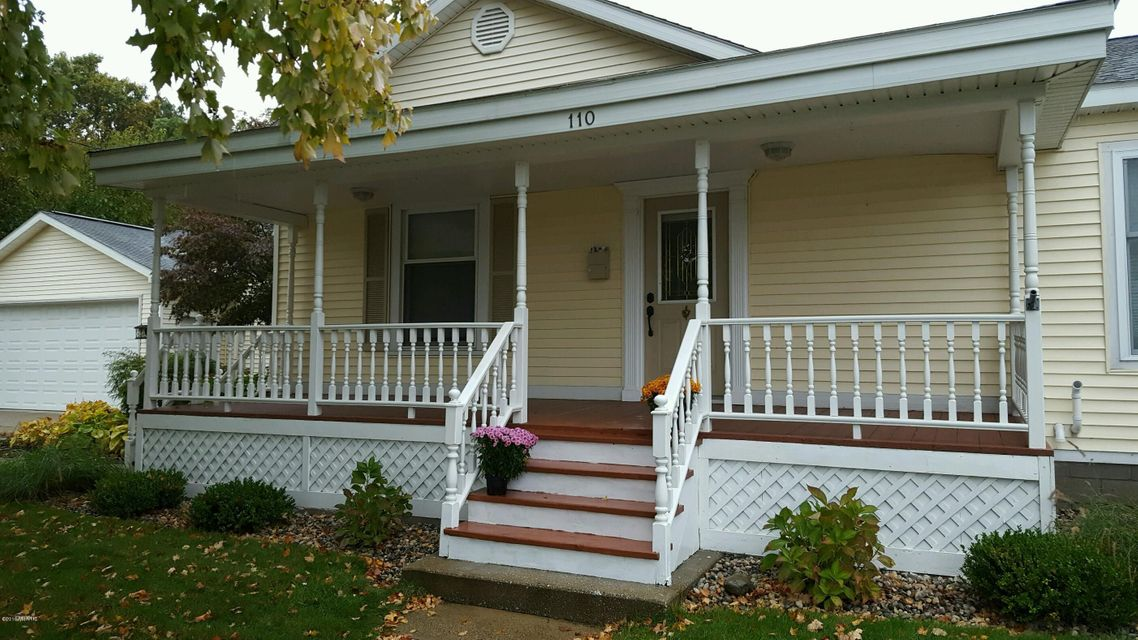 Single Family Home for Sale at 110 Buchanan Spring Lake, Michigan 49456 United States