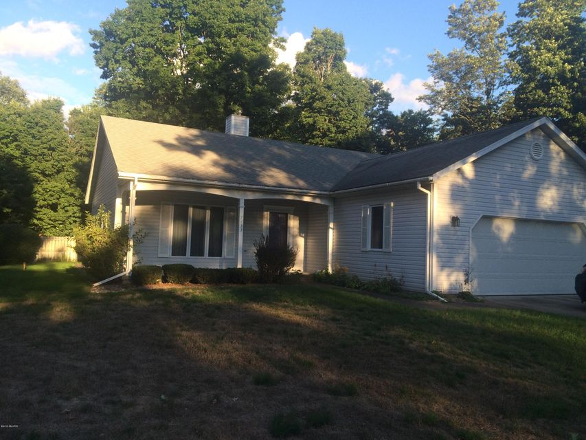 Single Family Home for Sale at 7433 Winnogene Manistee, Michigan 49660 United States