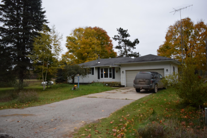 Single Family Home for Sale at 11899 River Brethren, Michigan 49619 United States
