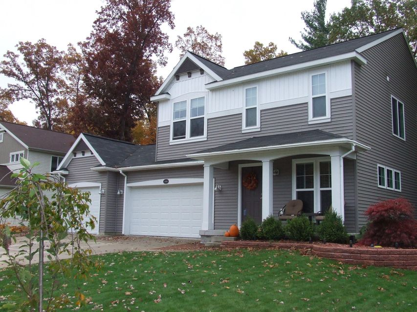 Single Family Home for Sale at 13404 Red Leaf Nunica, Michigan 49448 United States