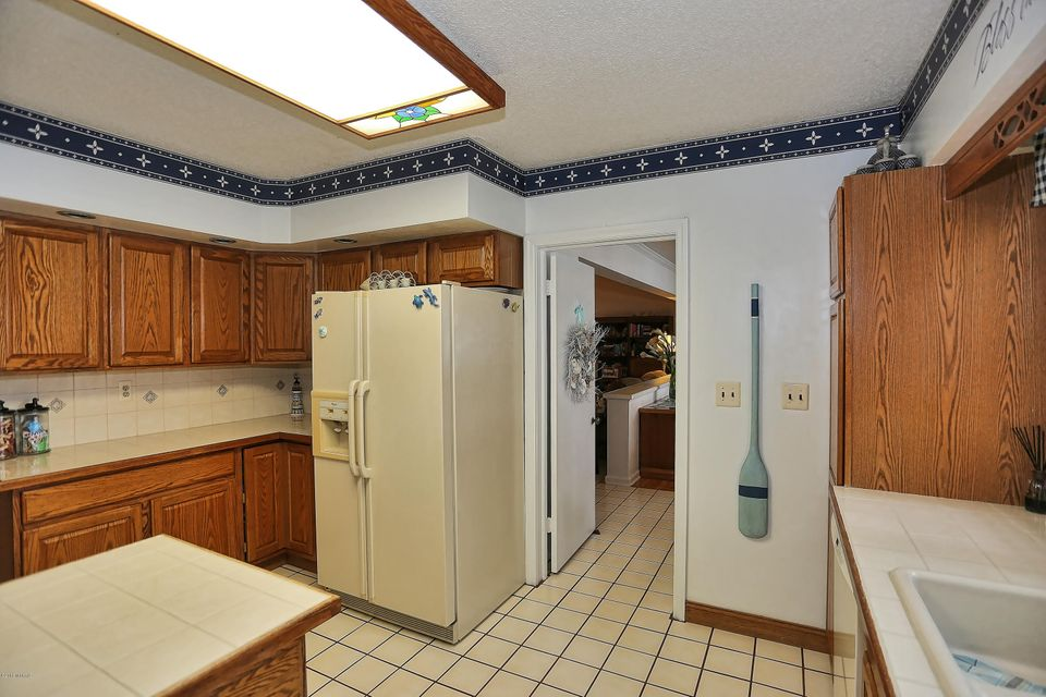 Additional photo for property listing at 15799 Vine  Spring Lake, Michigan 49456 United States