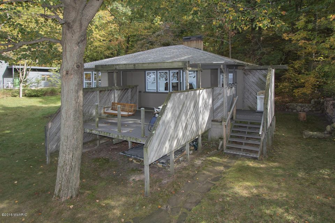 Casa Unifamiliar por un Venta en 45400 Blue Star Highway Covert, Michigan 49043 Estados Unidos