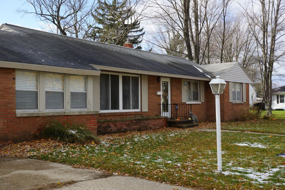 Single Family Home for Sale at 413 Ray North Muskegon, Michigan 49445 United States