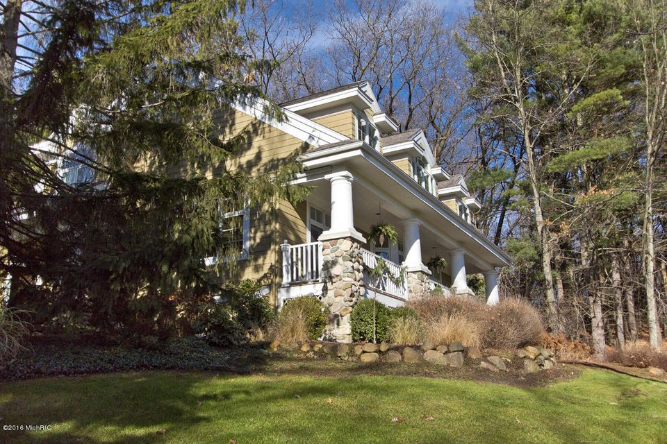 Single Family Home for Sale at 5101 Spring Ridge Ada, Michigan 49301 United States