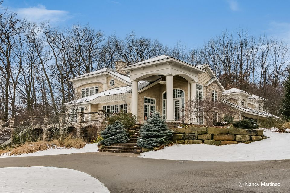 Single Family Home for Sale at 13 Carousel Holland, Michigan 49423 United States