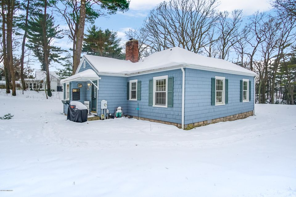 Additional photo for property listing at 18765 Fruitport  Spring Lake, Michigan 49456 United States
