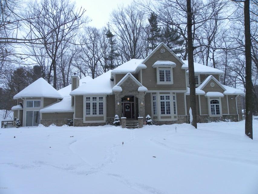 独户住宅 为 销售 在 3713 Norton Hills 马斯基根, 密歇根州 49441 美国
