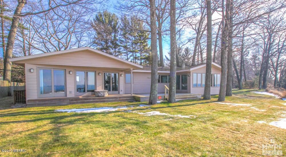 Casa Unifamiliar por un Venta en 2553 Scenic Muskegon, Michigan 49445 Estados Unidos