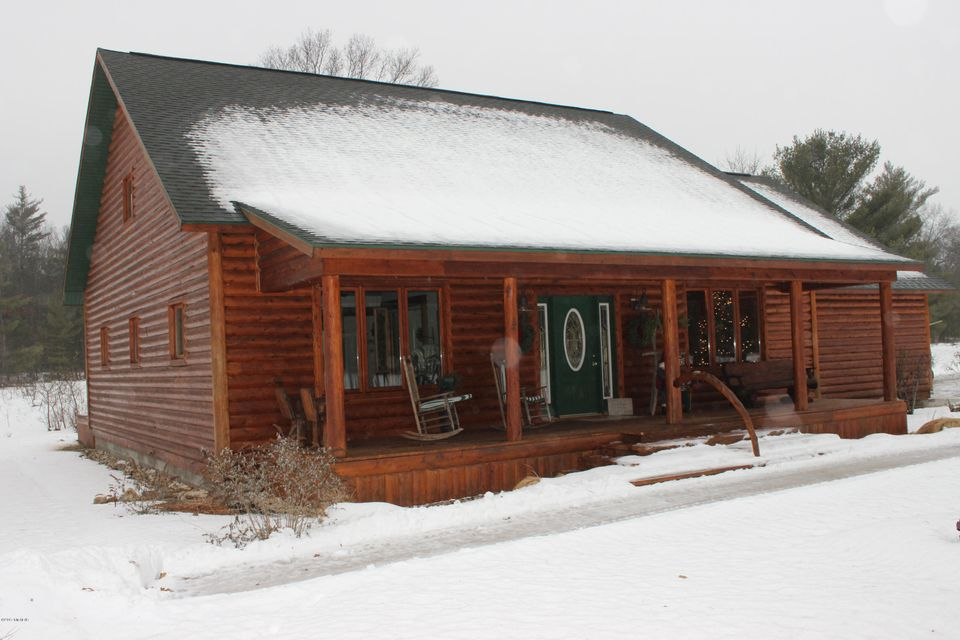 Farm / Ranch / Plantation for Sale at 2960 Holton Whitehall Twin Lake, Michigan 49457 United States