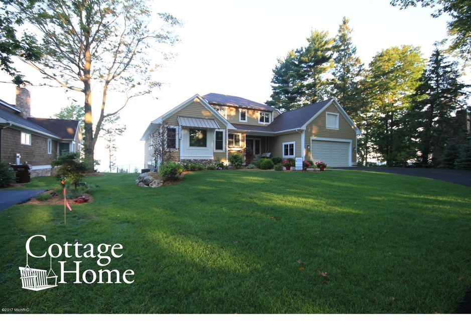 Additional photo for property listing at 12038 Lakebridge  South Haven, Michigan 49090 United States