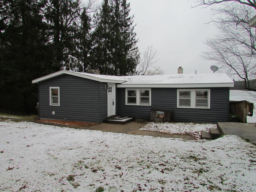 Single Family Home for Sale at 3954 Wilson Beach Twin Lake, Michigan 49457 United States