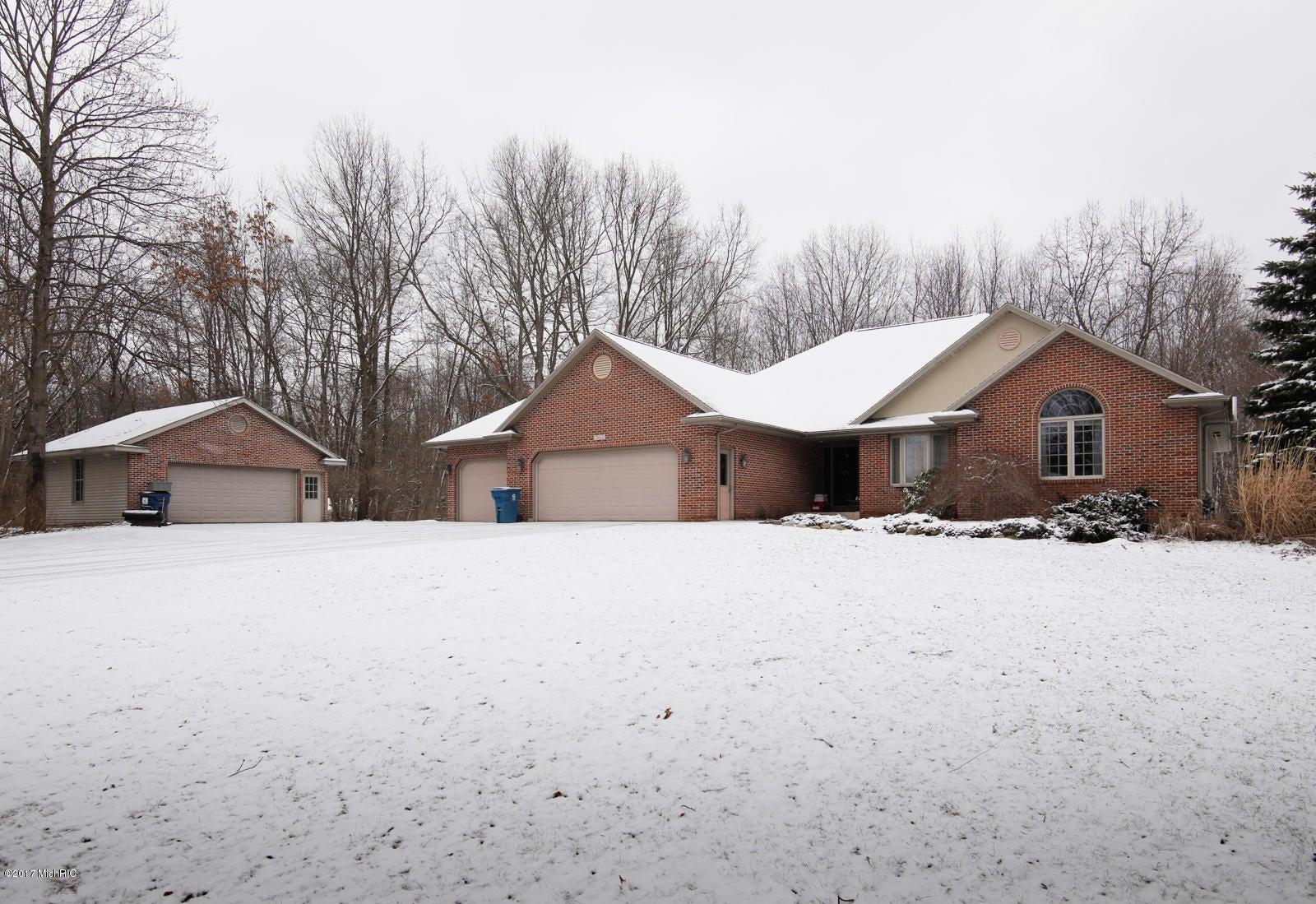 Single Family Home for Sale at 2462 10th Kalamazoo, Michigan 49009 United States