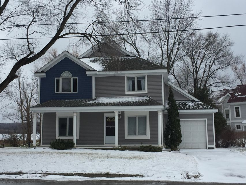 Single Family Home for Sale at 5065 Main Street Onekama, Michigan 49675 United States
