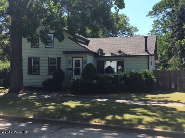 Single Family Home for Sale at 1919 Morton Muskegon, Michigan 49441 United States