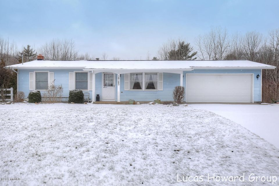 Single Family Home for Sale at 16165 148th Spring Lake, Michigan 49456 United States