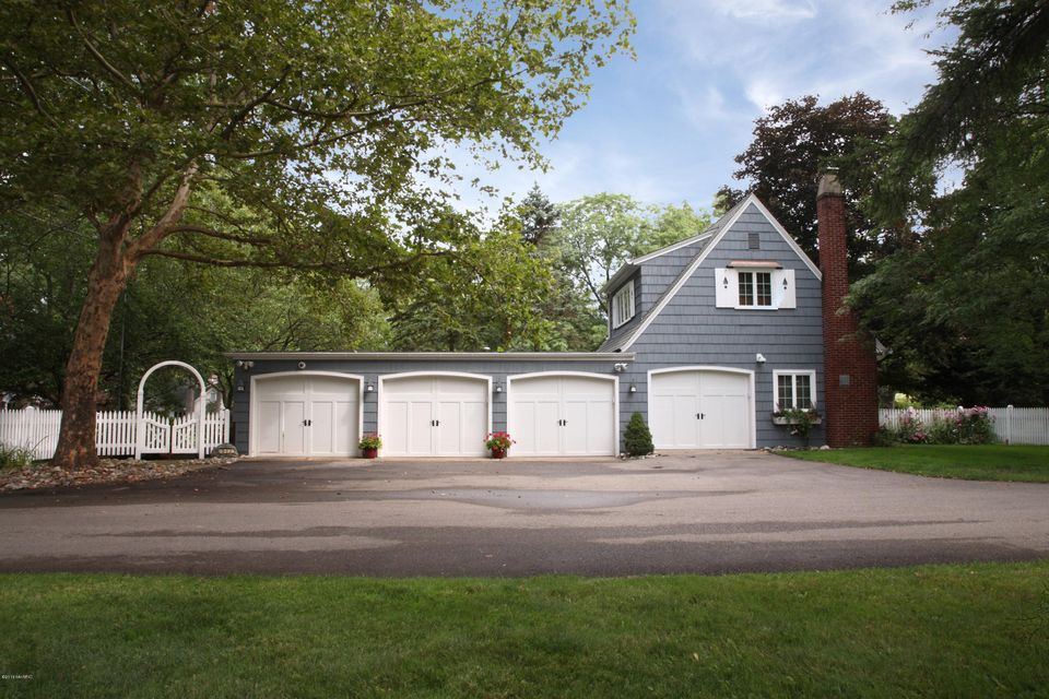 Additional photo for property listing at 3328 Oakdale  Hickory Corners, Michigan 49060 United States