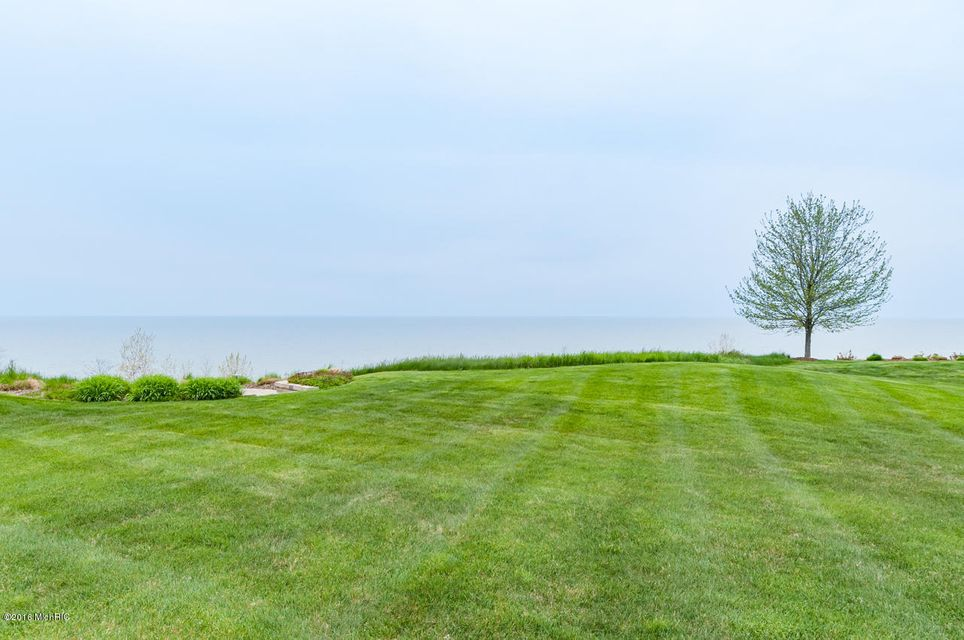 Additional photo for property listing at 638 Waters Edge  South Haven, Michigan 49090 United States