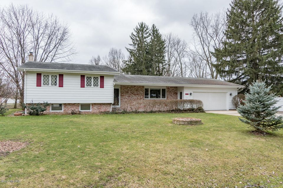 Single Family Home for Sale at 3260 Sunset Bridgman, Michigan 49106 United States