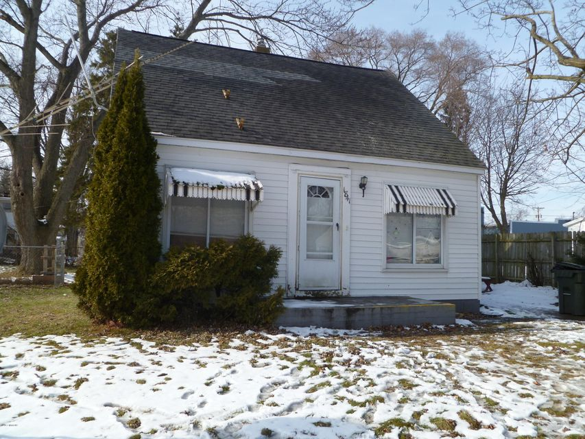 Single Family Home for Sale at 1841 Dowd Muskegon, Michigan 49441 United States