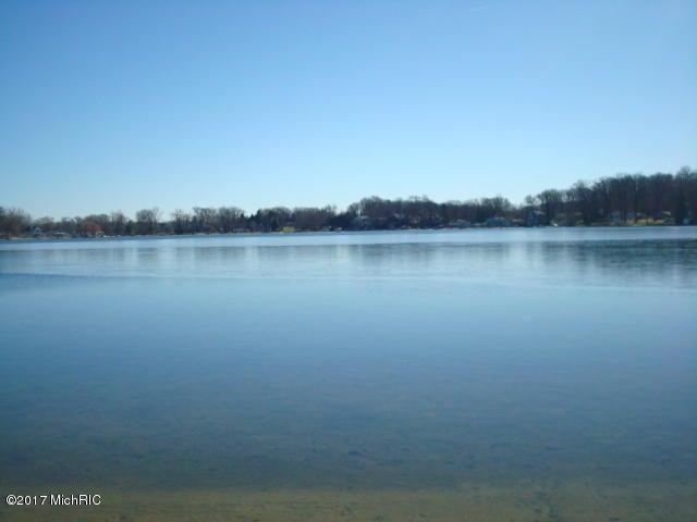 11 Lakeshore Drive