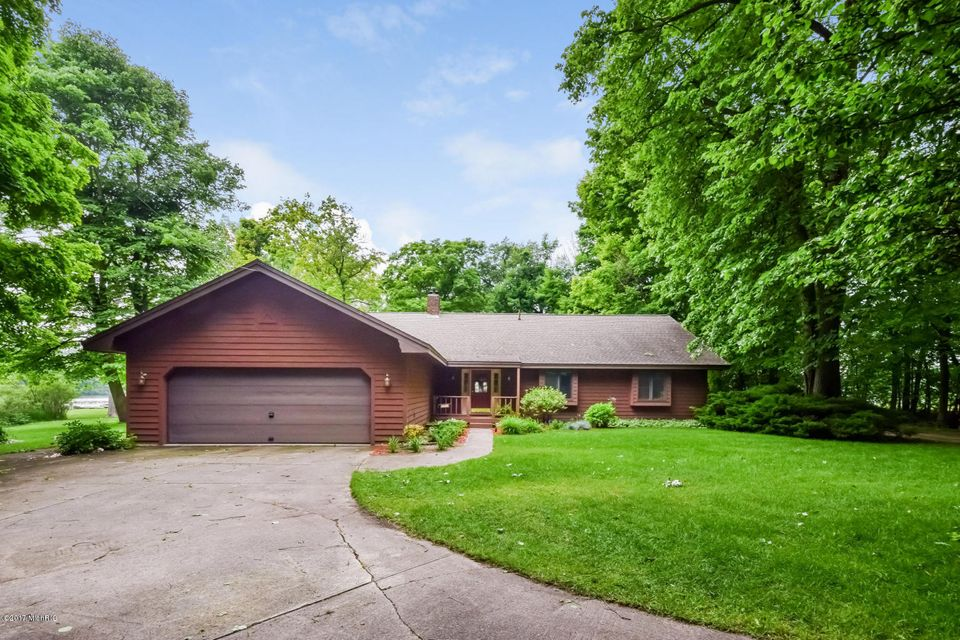 Single Family Home for Sale at 17825 148th Spring Lake, Michigan 49456 United States