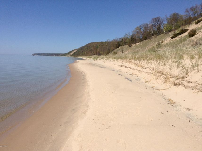Land for Sale at Ivanhoe Onekama, Michigan 49675 United States