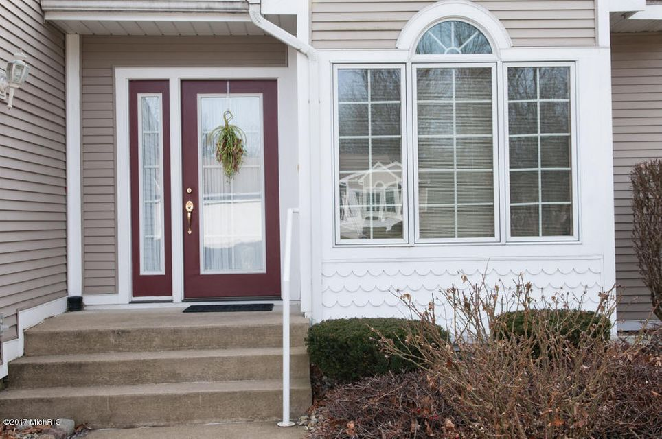 Single Family Home for Sale at 110 Bridgewood Battle Creek, Michigan 49015 United States