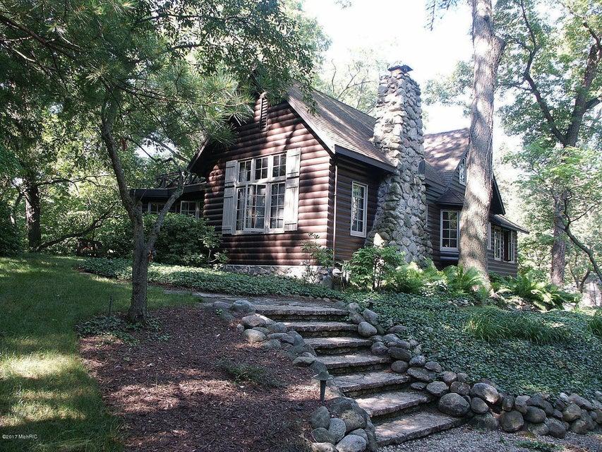 Single Family Home for Sale at 3902 HIAWATHA Michiana Shores, Indiana 46360 United States