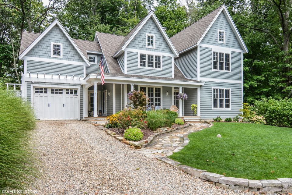 Single Family Home for Sale at 9924 Cottage Union Pier, Michigan 49129 United States