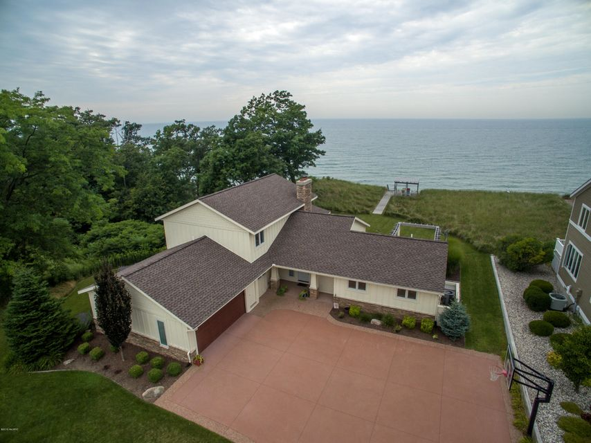 Single Family Home for Sale at 2460 Sunset Bluff Holland, Michigan 49424 United States