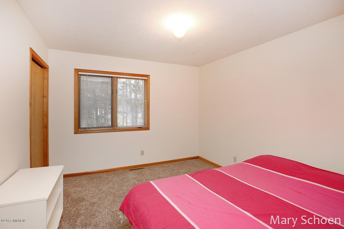 1085 Red Coat Lane NE, Sparta, MI, 49345 - SOLD LISTING, MLS ...