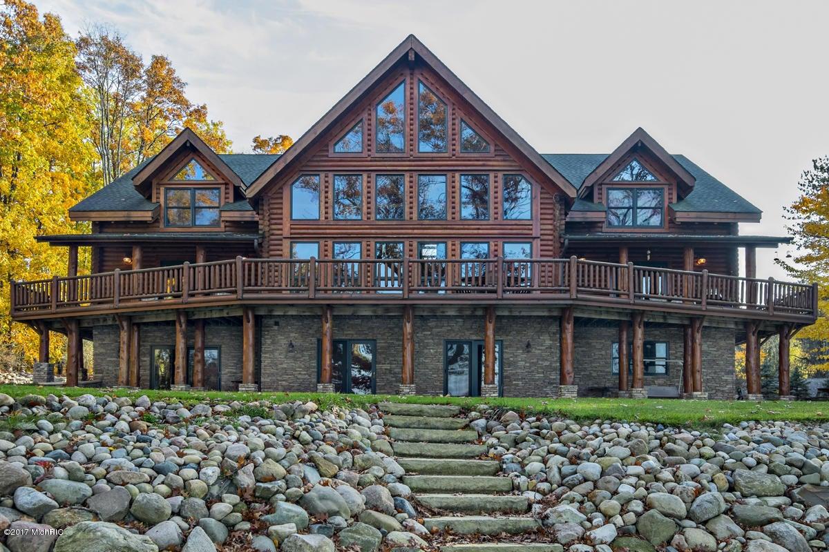 Farm / Ranch / Plantation for Sale at 11240 Oak Delton, Michigan 49046 United States