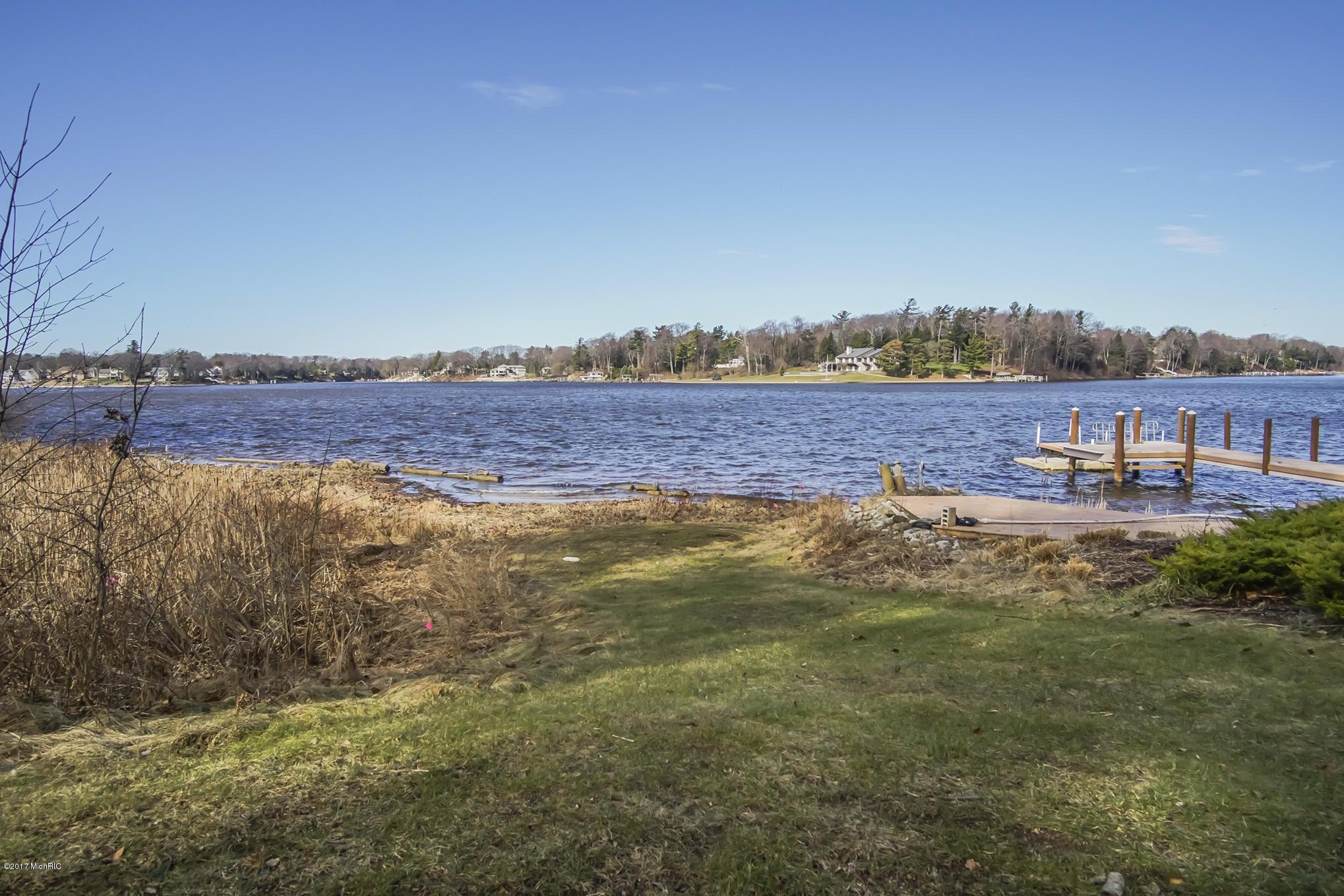 Swingers in spring lake mi
