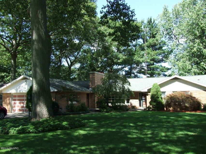 Single Family Home for Sale at 3854 Highgate Norton Shores, Michigan 49441 United States