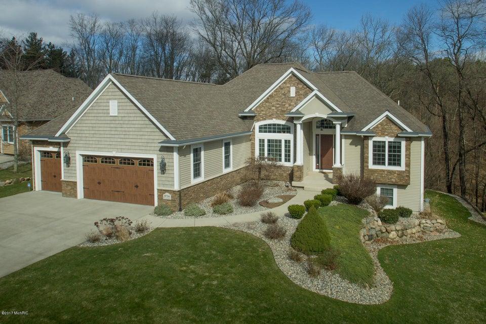 Single Family Home for Sale at 8734 Pine Acres Kalamazoo, Michigan 49009 United States