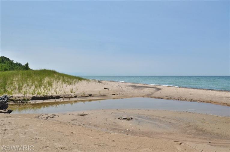 Land for Sale at 3640 M-63 Benton Harbor, Michigan 49022 United States