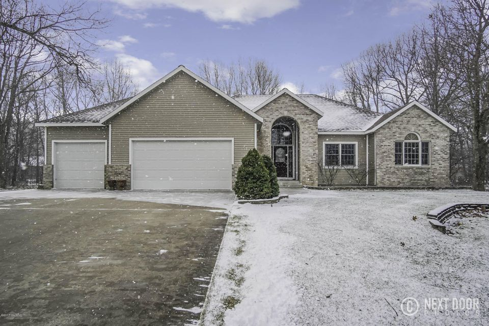 Single Family Home for Sale at 1883 Fenner Glen Muskegon, Michigan 49445 United States
