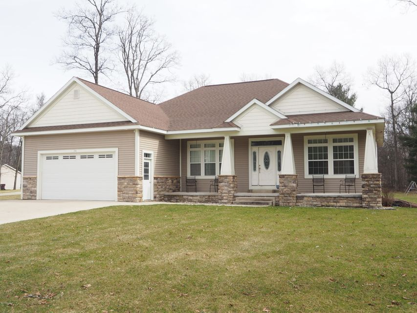 Single Family Home for Sale at 86 Woodview Muskegon, Michigan 49442 United States