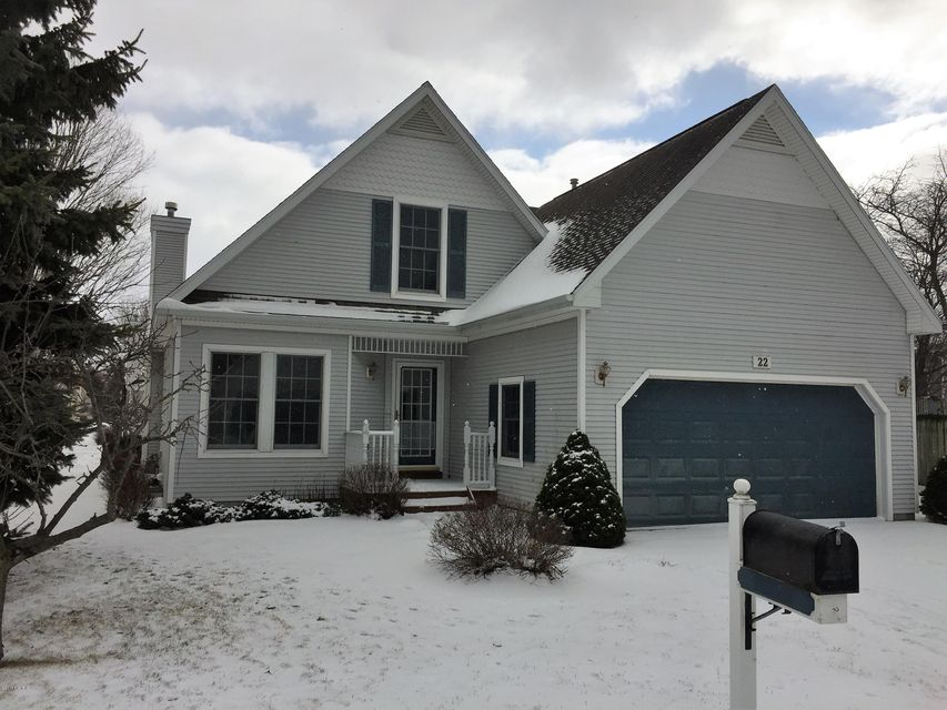 Single Family Home for Sale at 22 Cottage Manistee, Michigan 49660 United States