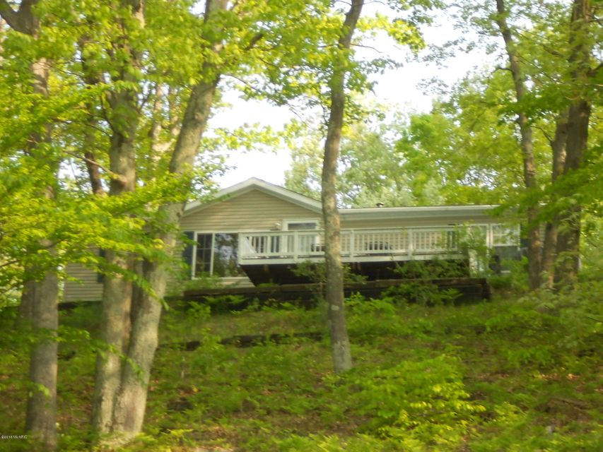 Single Family Home for Sale at 5933 Trail Ridge Fountain, Michigan 49410 United States