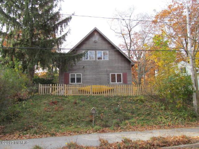 Single Family Home for Sale at 3361 Lakeshore Muskegon, Michigan 49441 United States