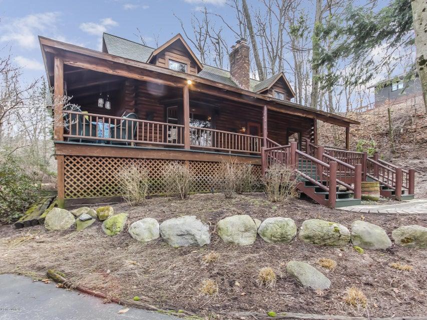 Single Family Home for Sale at 17652 North Shore Estates Spring Lake, Michigan 49456 United States