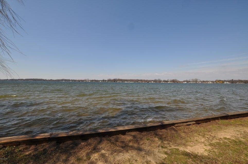 11332 E Indian Lake , Vicksburg, MI 49097 Photo 8