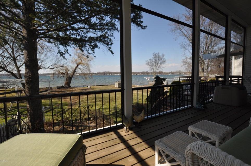 11332 E Indian Lake , Vicksburg, MI 49097 Photo 4