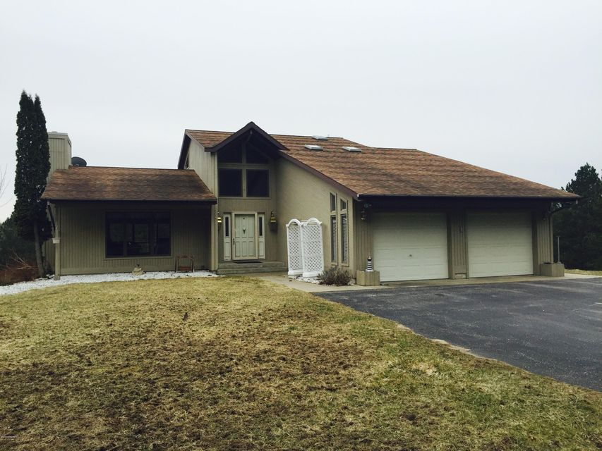 Single Family Home for Sale at 2797 Stan - Del Manistee, Michigan 49660 United States