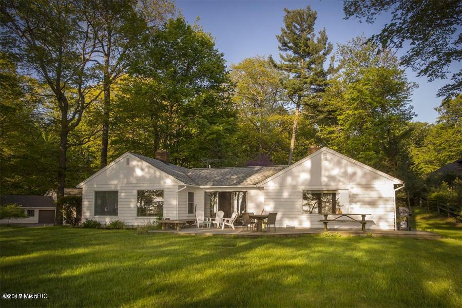 Casa Unifamiliar por un Venta en 2903 Scenic Muskegon, Michigan 49445 Estados Unidos