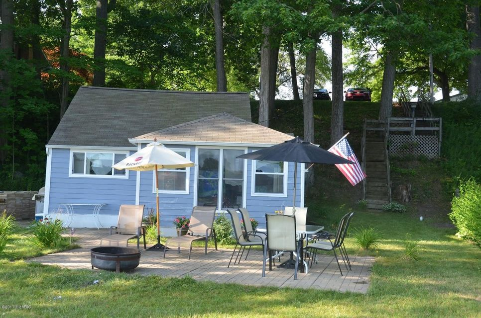 Single Family Home for Sale at 10142 Sycamore Beach Three Rivers, Michigan 49093 United States