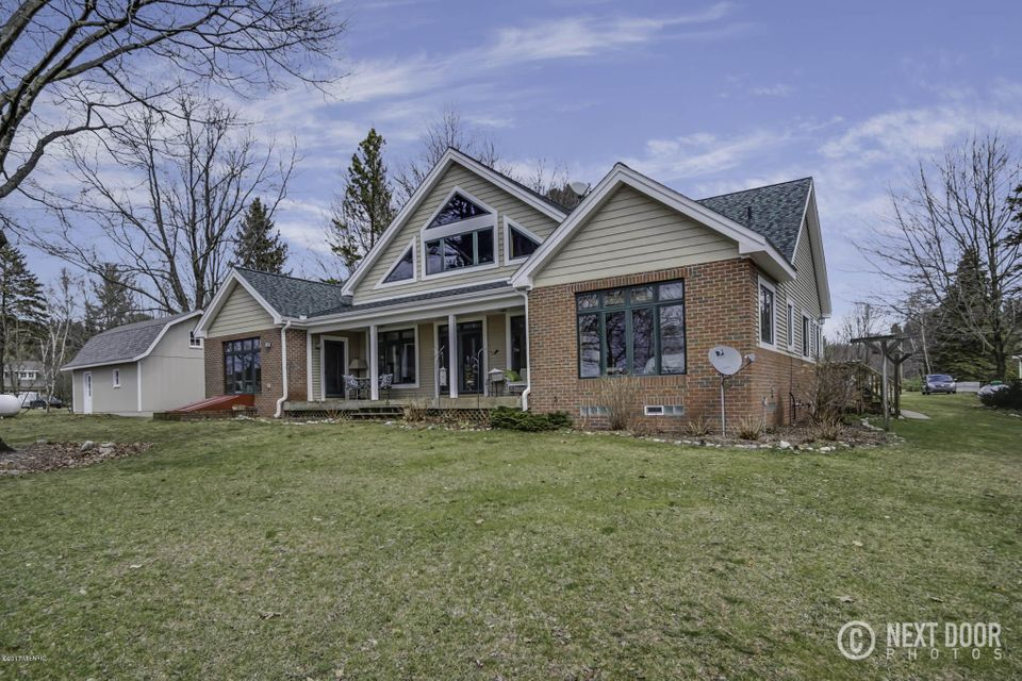 Single Family Home for Sale at 5475 Lakeshore Ludington, Michigan 49431 United States